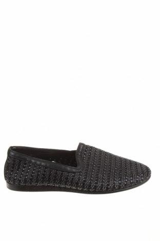 Ανδρικά παπούτσια Zara, Μέγεθος 42, Χρώμα Μαύρο, Κλωστοϋφαντουργικά προϊόντα, δερματίνη, Τιμή 20,65€