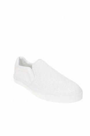 Мъжки обувки Zara, Размер 42, Цвят Бял, Еко кожа, Цена 41,87лв.