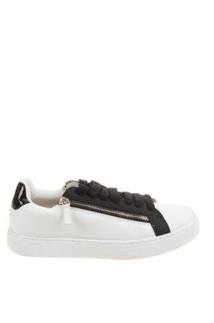 Мъжки обувки Zara, Размер 43, Цвят Бял, Еко кожа, Цена 47,17лв.