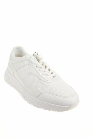 Мъжки обувки Zara, Размер 43, Цвят Бял, Еко кожа, текстил, Цена 42,72лв.