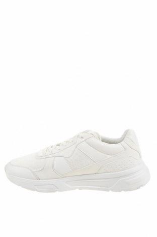 Мъжки обувки Zara, Размер 44, Цвят Бял, Текстил, еко кожа, Цена 42,72лв.