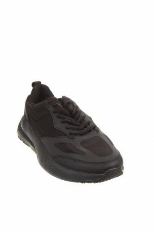 Мъжки обувки Zara, Размер 42, Цвят Черен, Текстил, полиуретан, Цена 31,15лв.