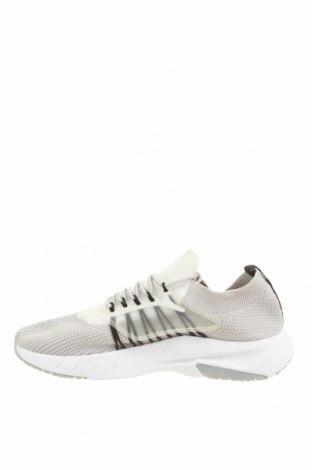 Мъжки обувки Zara, Размер 45, Цвят Сив, Текстил, полиуретан, Цена 47,40лв.