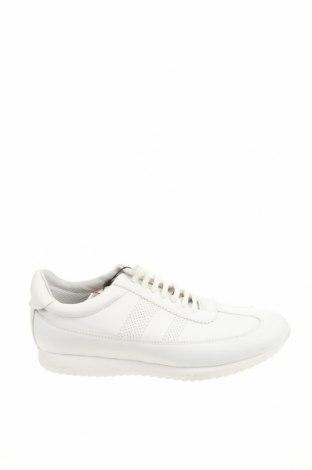 Дамски обувки Zara, Размер 42, Цвят Бял, Естествена кожа, Цена 31,97лв.