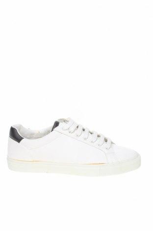 Мъжки обувки Zara, Размер 40, Цвят Бял, Еко кожа, Цена 39,50лв.