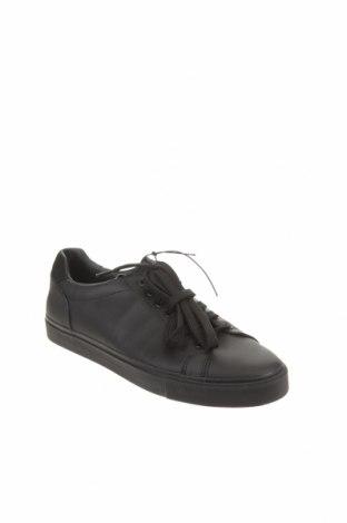 Мъжки обувки Zara, Размер 42, Цвят Черен, Еко кожа, Цена 47,17лв.