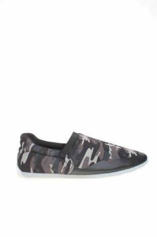 Мъжки обувки Zara Man, Размер 40, Цвят Многоцветен, Текстил, Цена 20,70лв.