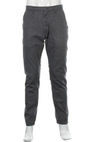 Ανδρικό παντελόνι Wrangler, Μέγεθος L, Χρώμα Γκρί, 82% βαμβάκι, 17% μαλλί, 1% ελαστάνη, Τιμή 21,59€