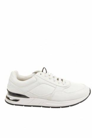 Παπούτσια Zara, Μέγεθος 42, Χρώμα Λευκό, Δερματίνη, Τιμή 19,55€