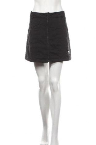Пола Adidas Originals, Размер S, Цвят Черен, 100% полиестер, Цена 66,75лв.