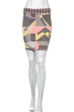Пола Mexx, Размер S, Цвят Многоцветен, Цена 4,99лв.