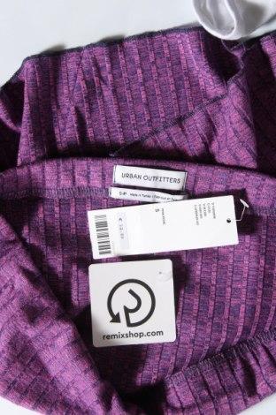 Пола Urban Outfitters, Размер S, Цвят Лилав, 48% полиестер, 48% вискоза, 4% еластан, Цена 3,94лв.