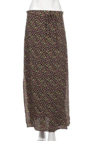 Пола Urban Outfitters, Размер M, Цвят Многоцветен, Вискоза, Цена 7,01лв.