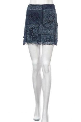 Пола Urban Outfitters, Размер L, Цвят Син, 94% полиестер, 6% еластан, Цена 40,50лв.
