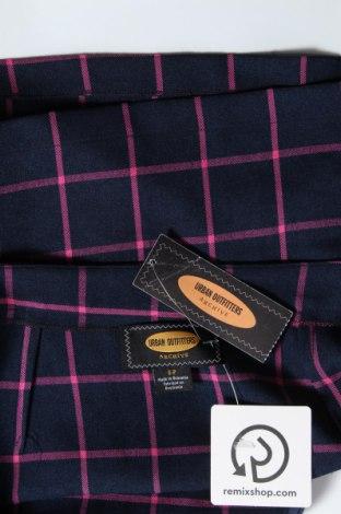 Пола Urban Outfitters, Размер S, Цвят Син, 91% полиестер, 9% вискоза, Цена 51,75лв.