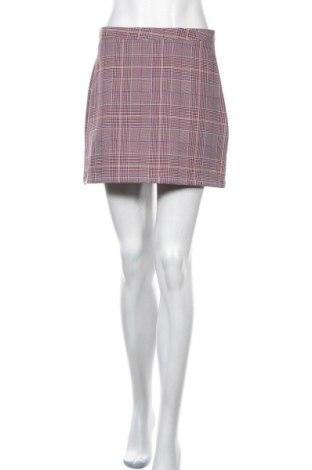 Пола Urban Outfitters, Размер M, Цвят Розов, 96% полиестер, 4% вискоза, Цена 51,75лв.