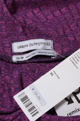 Пола Urban Outfitters, Размер XS, Цвят Лилав, 48% полиестер, 48% вискоза, 4% еластан, Цена 3,94лв.