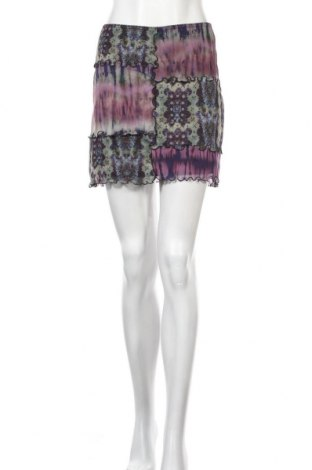 Пола Urban Outfitters, Размер S, Цвят Многоцветен, 94% полиестер, 6% еластан, Цена 44,25лв.