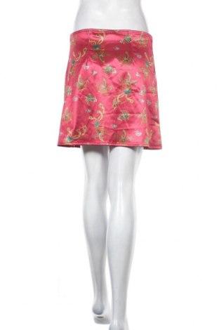 Пола Urban Outfitters, Размер M, Цвят Червен, 92% полиестер, 8% еластан, Цена 9,39лв.