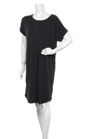 Рокля Culture, Размер M, Цвят Черен, 70% модал, 30% полиестер, Цена 55,30лв.