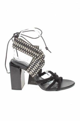 Сандали Zara, Размер 38, Цвят Черен, Текстил, еко кожа, Цена 20,47лв.