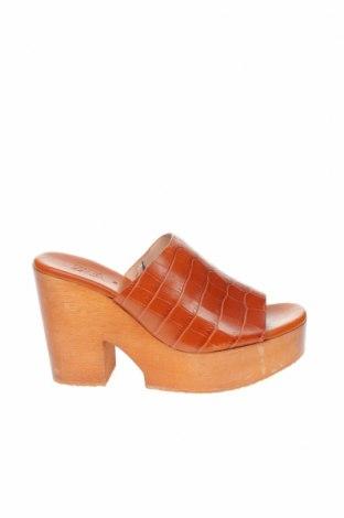 Чехли Zara, Размер 36, Цвят Кафяв, Естествена кожа, Цена 27,25лв.