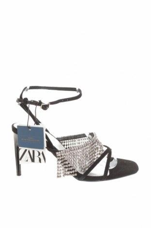 Сандали Zara, Размер 35, Цвят Черен, Естествен велур, Цена 29,75лв.