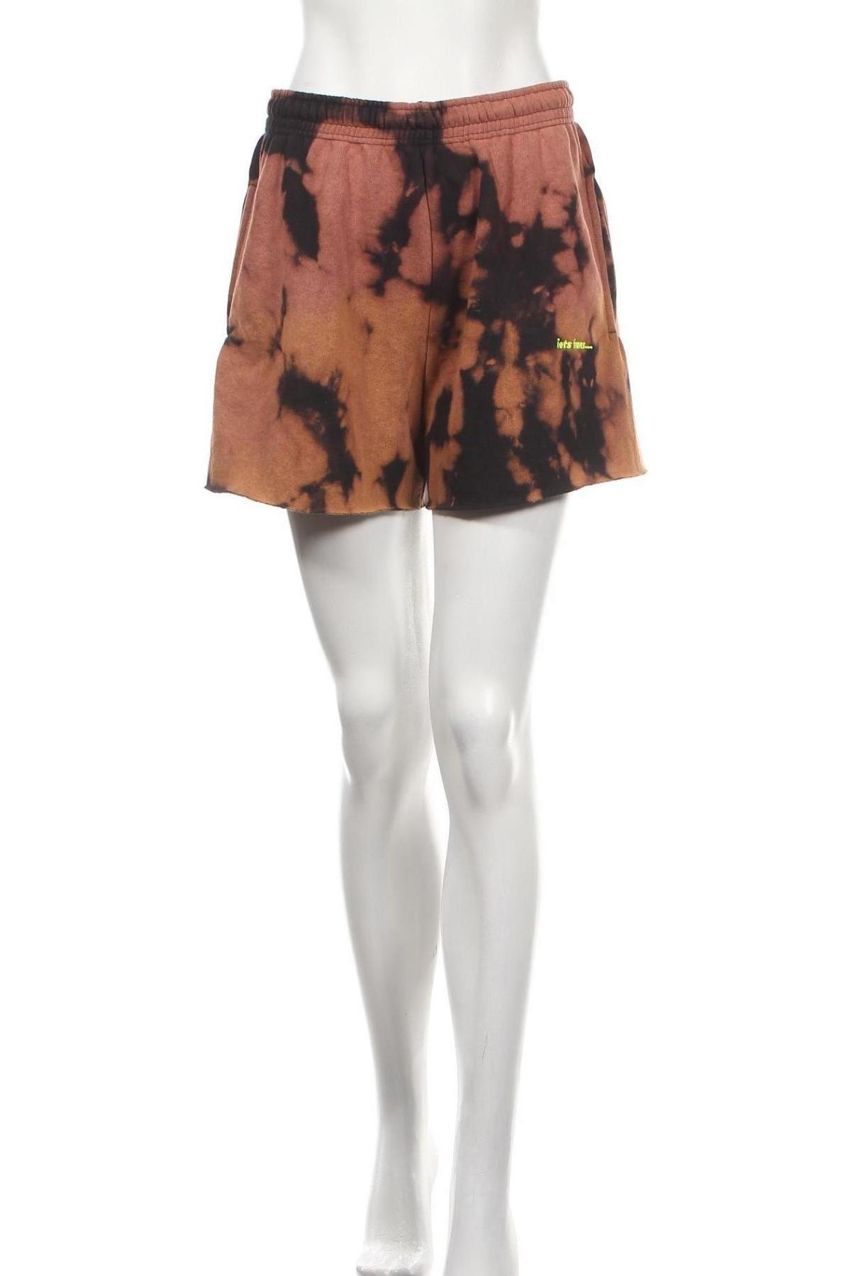 Дамски къс панталон Urban Outfitters, Размер M, Цвят Кафяв, 80% памук, 20% полиестер, Цена 54,00лв.