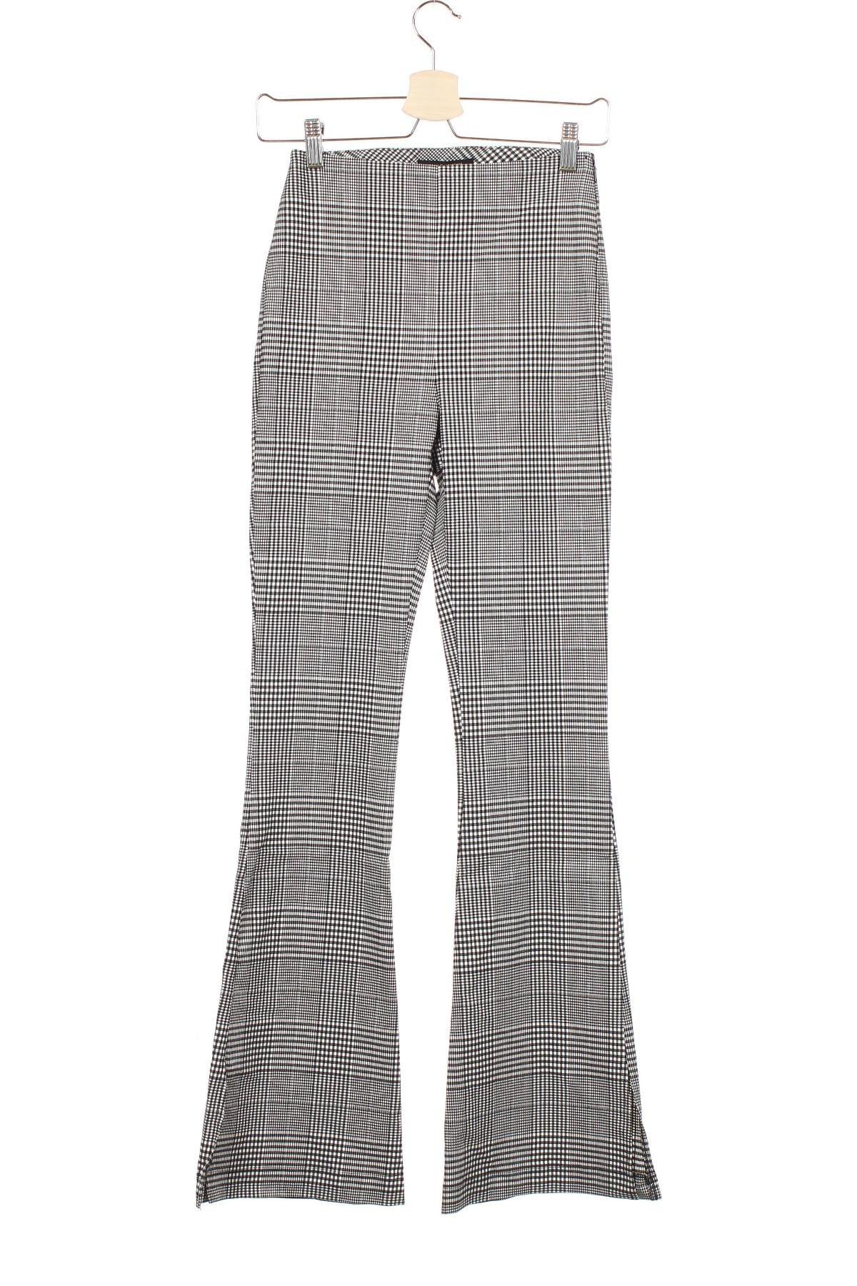 Дамски панталон Urban Outfitters, Размер XS, Цвят Черен, 71% вискоза, 15% полиестер, 10% полиамид, 4% еластан, Цена 17,93лв.