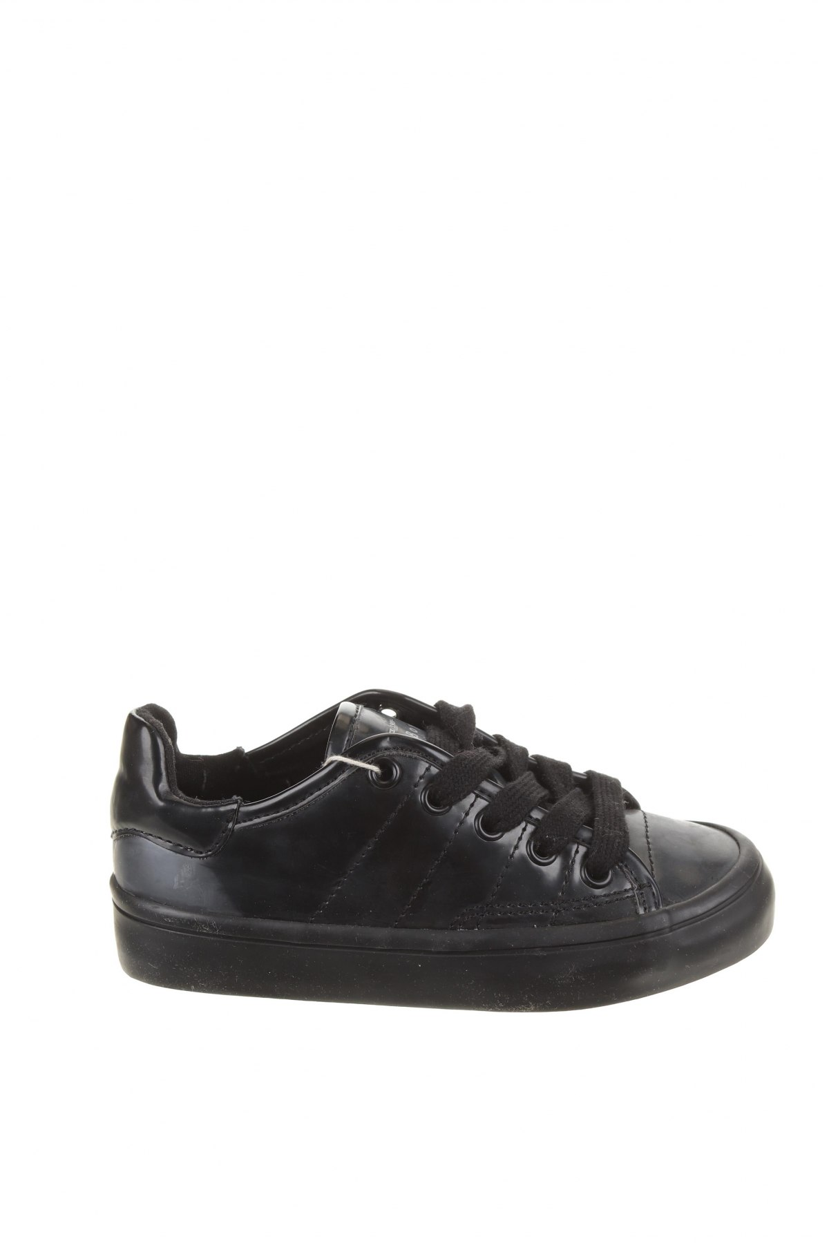 Детски обувки Zara, Размер 26, Цвят Черен, Полиуретан, Цена 28,62лв.
