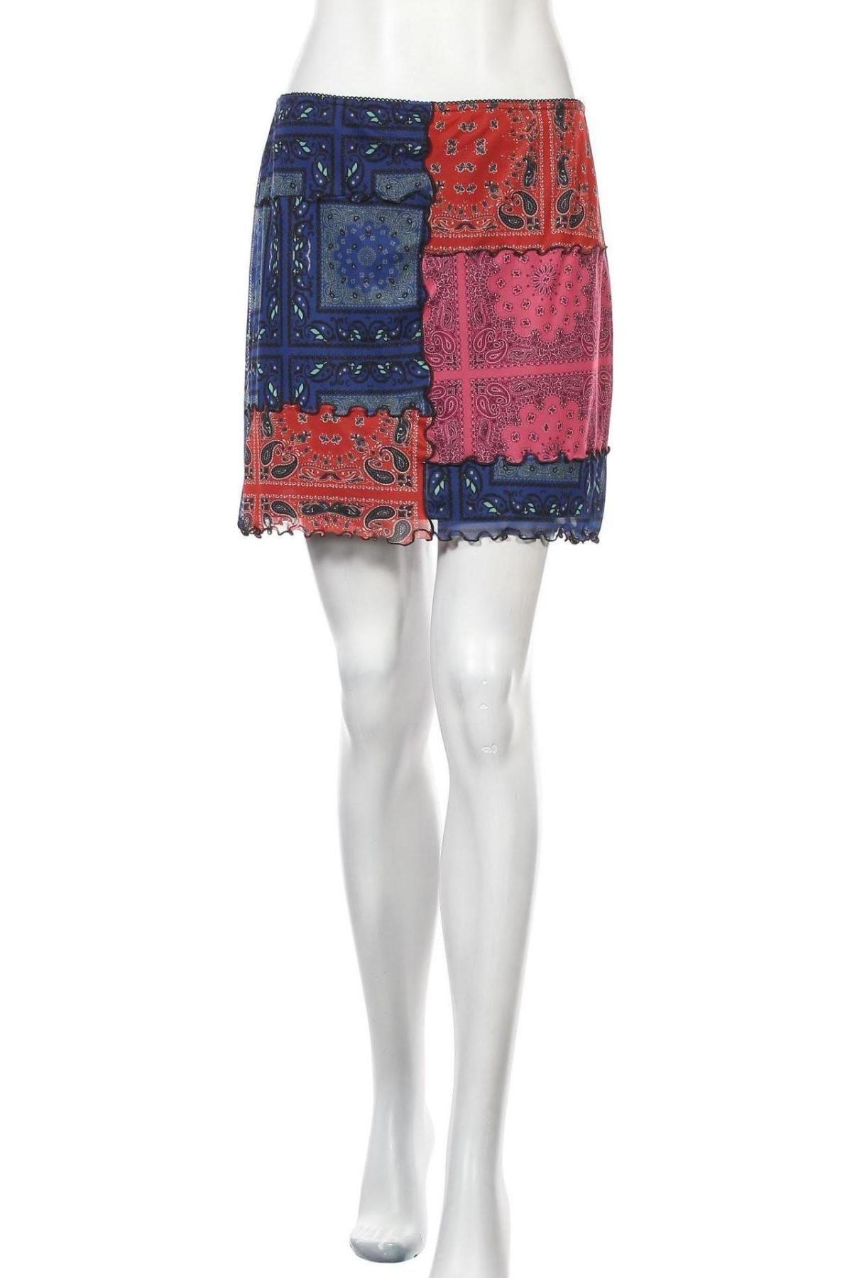Пола Urban Outfitters, Размер L, Цвят Многоцветен, 94% полиестер, 6% еластан, Цена 5,00лв.