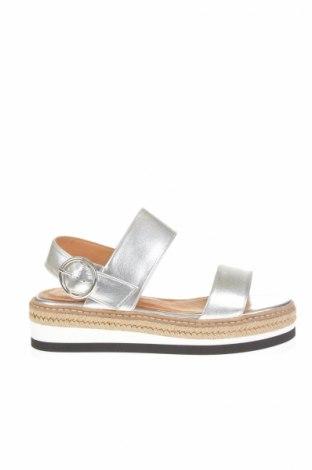 Sandale L'intervalle