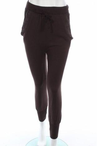 Γυναικείο παντελόνι Bershka