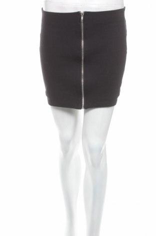 Пола H&M Divided, Размер M, Цвят Черен, 72% памук, 24% полиамид, 4% еластан, Цена 5,75лв.