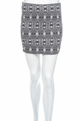 Φούστα H&M Divided, Μέγεθος S, Χρώμα Μαύρο, 68% βαμβάκι, 30% πολυεστέρας, 2% ελαστάνη, Τιμή 3,09€
