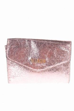 Γυναικεία τσάντα Guess, Χρώμα Ρόζ , Δερματίνη, Τιμή 32,59€