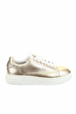 Дамски обувки Emporio Armani, Размер 37, Цвят Златист, Естествена кожа, Цена 231,20лв.