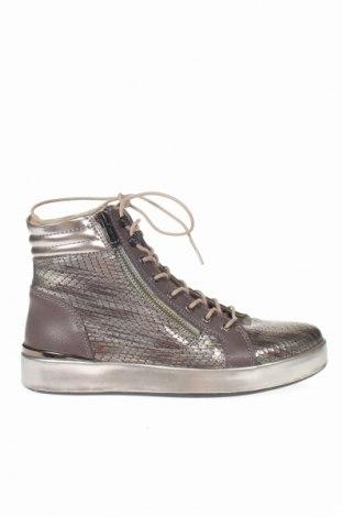 Γυναικεία παπούτσια Guess, Μέγεθος 37, Χρώμα Γκρί, Γνήσιο δέρμα, δερματίνη, Τιμή 80,11€
