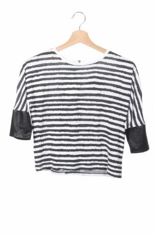 Детска блуза Cubus, Размер 8-9y/ 134-140 см, Цвят Черен, Вискоза, Цена 4,20лв.