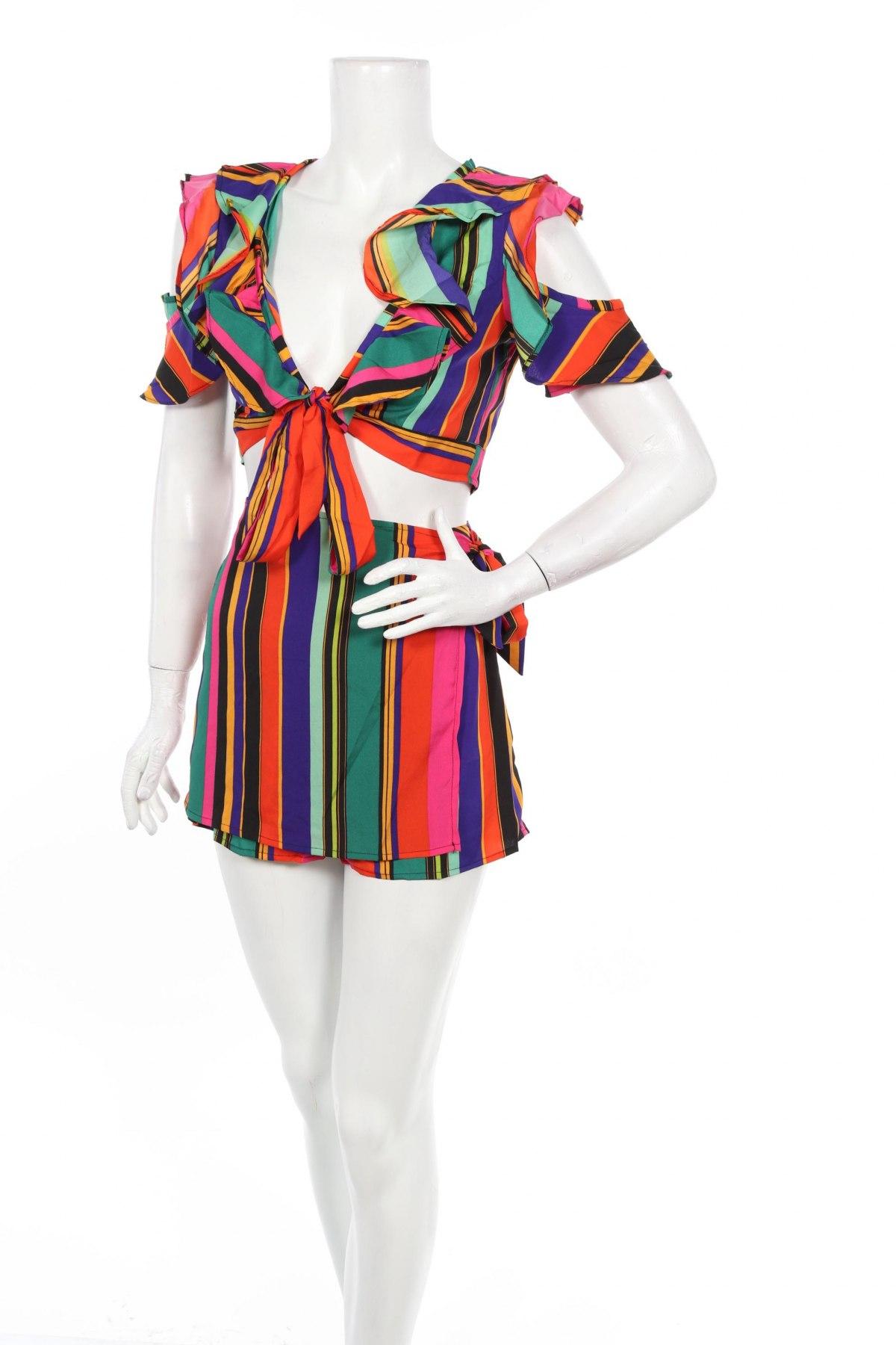 Дамски комплект Boohoo, Размер XXS, Цвят Многоцветен, Полиестер, Цена 22,26лв.
