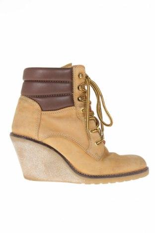 9721b67c75fa Dámské topánky Buffalo - za výhodnú cenu na Remix -  7624868
