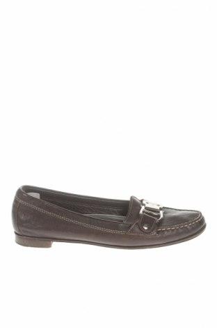 Γυναικεία παπούτσια Aigner