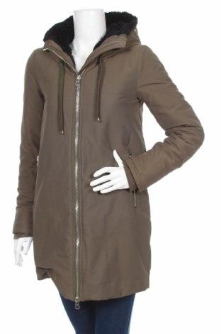 Γυναικείο μπουφάν Zara