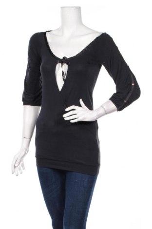 Дамска блуза Adidas Respect Me, Размер XS, Цвят Сив, 95% модал, 5% еластан, Цена 7,63лв.