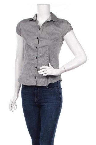 Дамска риза H&M, Размер M, Цвят Бял, 51% полиестер, 33% памук, 12% полиамид, 4% еластан, Цена 10,80лв.