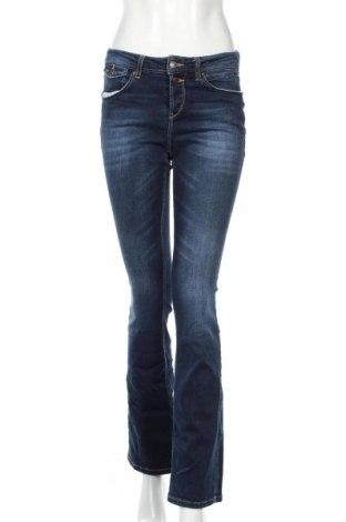 Dámske džínsy  Esprit, Veľkosť S, Farba Modrá, 98% bavlna, 2% elastan, Cena  11,67€