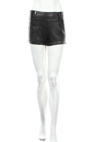 Γυναικείο κοντό δερμάτινο παντελόνι Sisters Point, Μέγεθος S, Χρώμα Μαύρο, Δερματίνη, Τιμή 17,19€