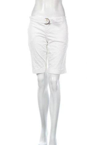 Γυναικείο κοντό παντελόνι Zara, Μέγεθος L, Χρώμα Λευκό, Βαμβάκι, Τιμή 16,21€