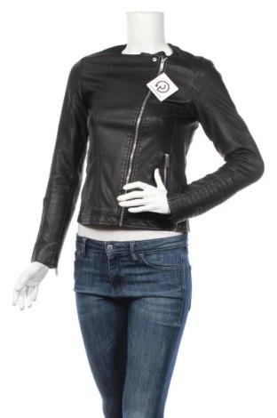 Γυναικείο δερμάτινο μπουφάν Pull&Bear, Μέγεθος S, Χρώμα Μαύρο, Δερματίνη, Τιμή 24,19€