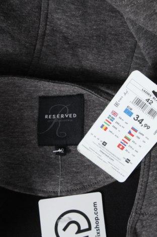 Дамско яке Reserved, Размер L, Цвят Сив, 65% полиестер, 35% памук, Цена 23,60лв.